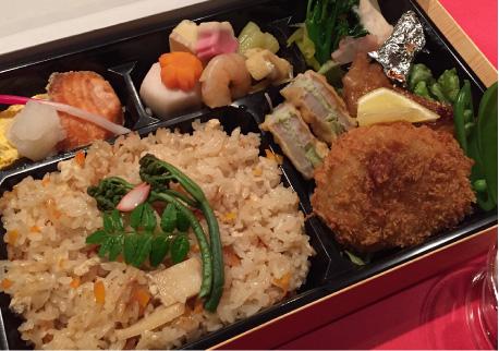 関西和風だしの季節炊き込みご飯弁当