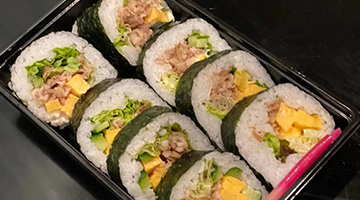 牛しぐれ煮巻き寿司